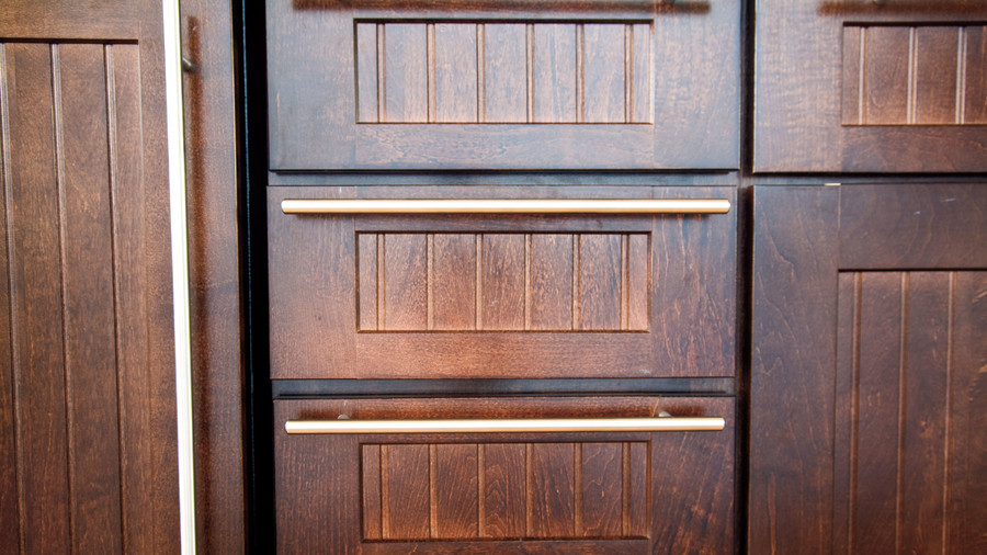Dream Kitchen Design Ideas: Sleek Cabinet Hardware