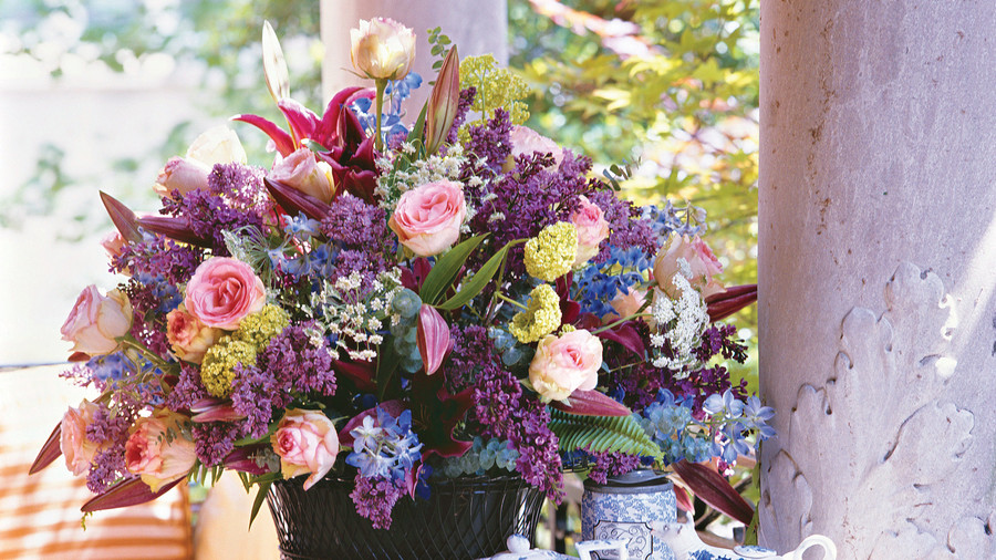 How to Make a Bouquet: The Magic Ingredient