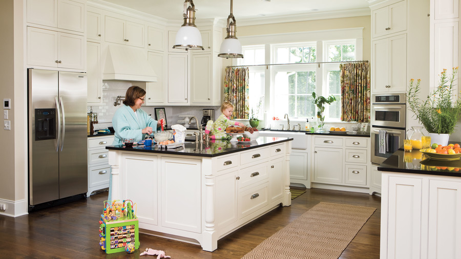Details With Character. Ideas For Southern Homes: Kitchen Cabinet Details