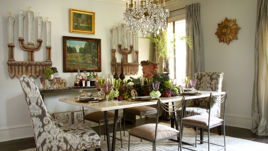 An Elegant Table for Mardi Gras & A Mardi Gras Table Setting - Southern Living