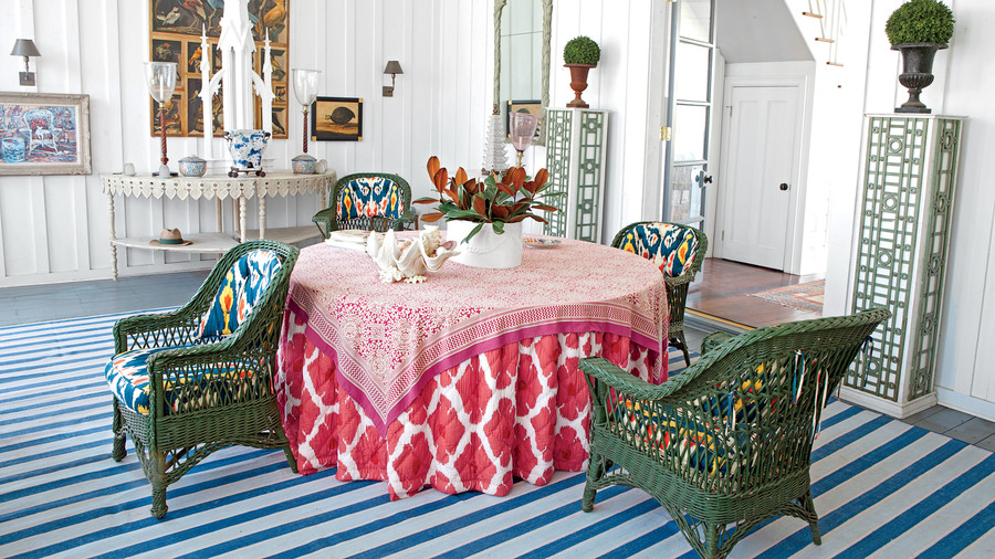 Red Skirted Table Fabric