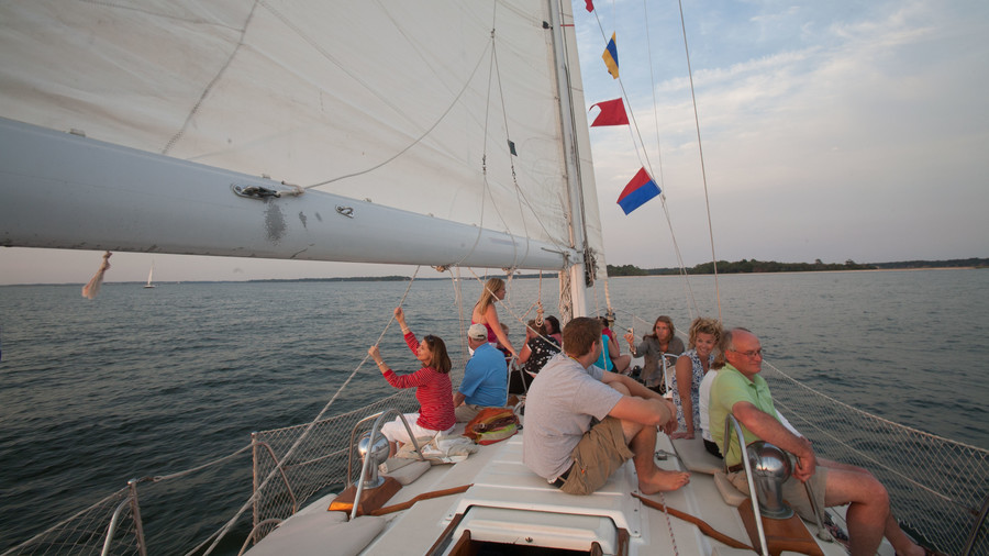 passengers on cheers sailboat