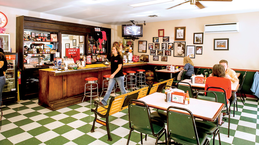 Couch's BBQ in Ooltewah, Tennessee