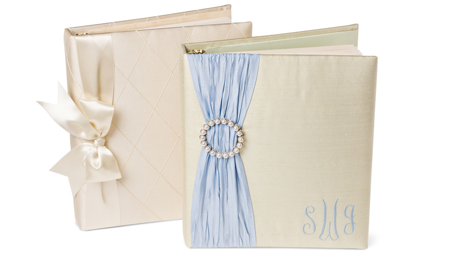 Wedding Gift Ideas: Wedding Memory Book