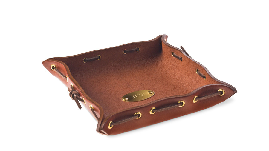 Cabin and Cottage Decorating Accessories: No. 3 Dresser Caddy
