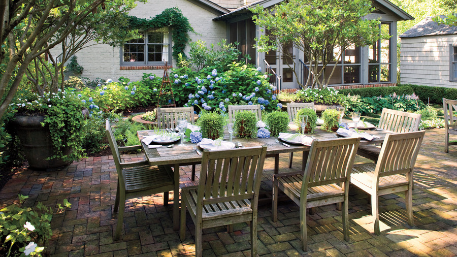 Two Toned Dining Set With Bench