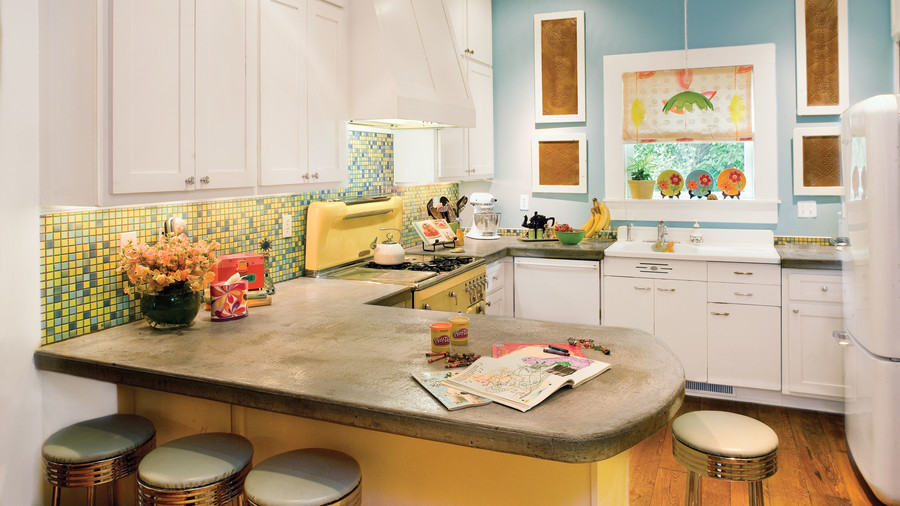 G Shaped Kitchen Layout Ideas kitchen layouts and essential spaces - southern living