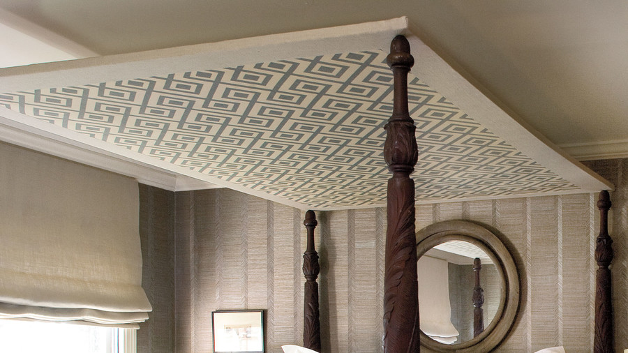 Guest Bedroom Makeovers: Bed Canopy