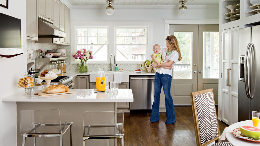 Our best cottage kitchens southern living - Beach house decorating ideas on a budget ...