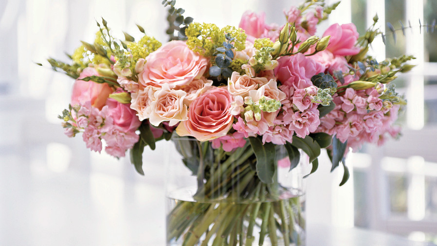How To Make a Posy Bouquet - Southern Living