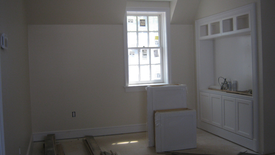 Idea House Construction Built-In Cabinet