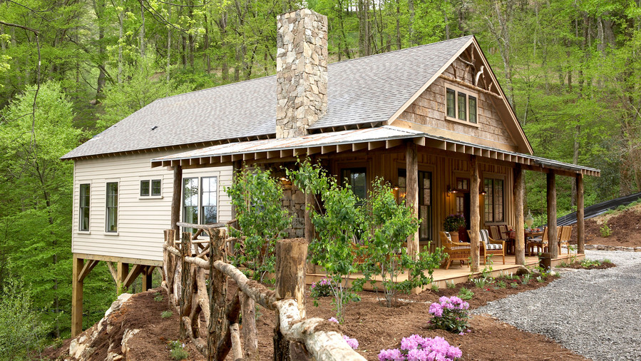 A Mountain Getaway Cottage in Asheville, North Carolina - Southern ...