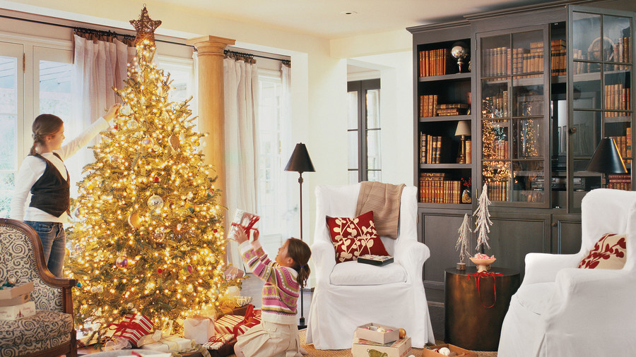 Christmas Decorating Ideas: Throw Pillows