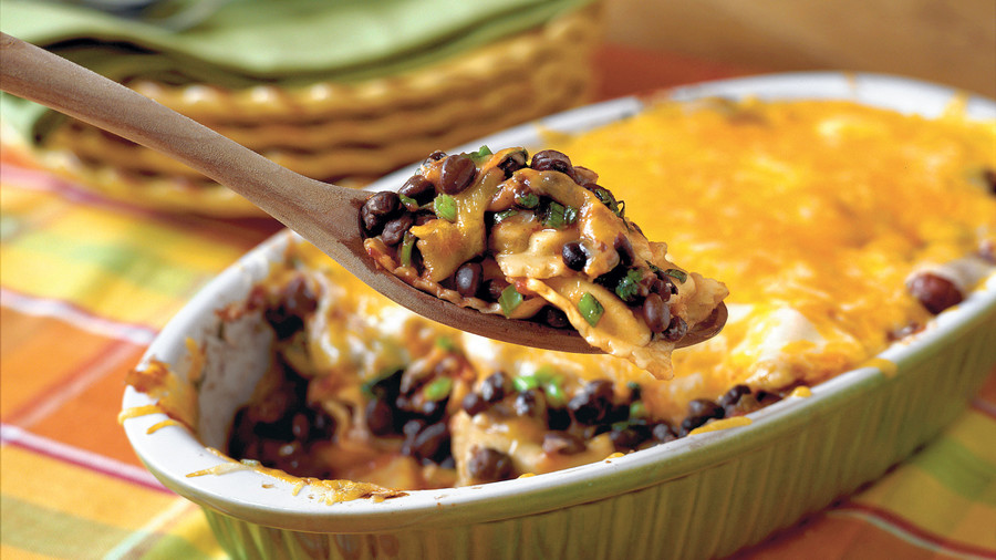 Easy Pasta Recipes: Tex-Mex Ravioli Casserole
