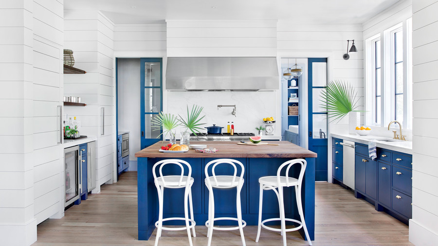 15 ways with shiplap southern living for Southern style kitchen ideas