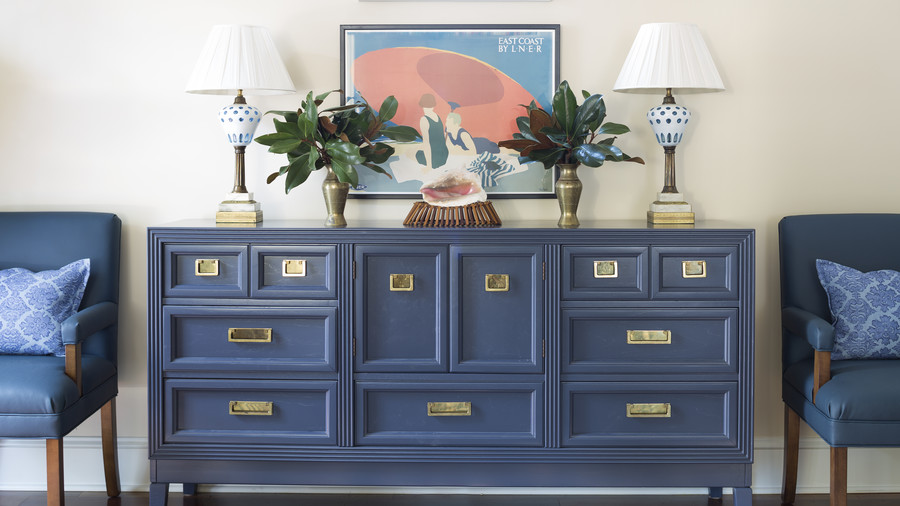 Blue Console in Kiawah Island Dining Room