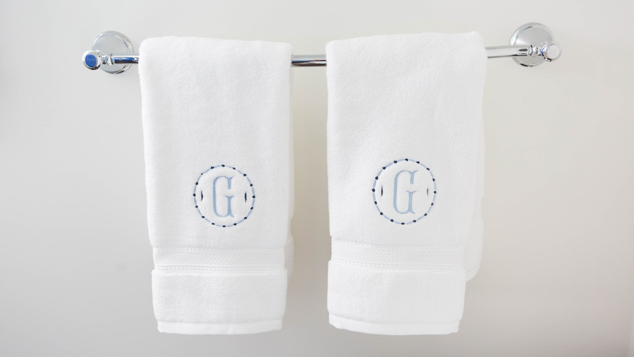 RX_1607 Monogrammed Hand Towels
