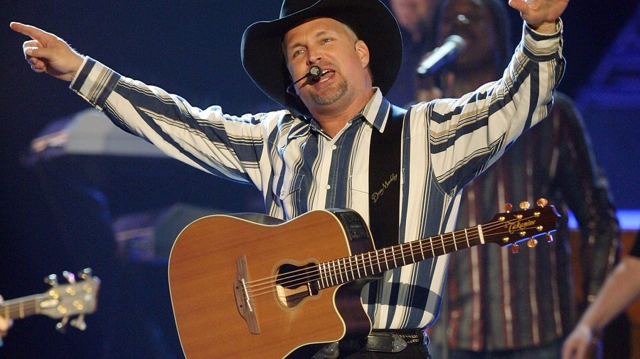 1997, 1998: Garth Brooks