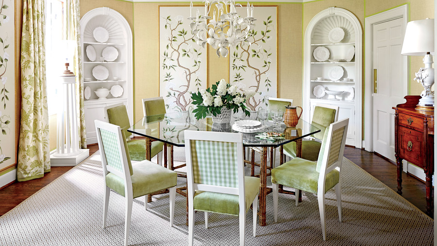 Green Accent Dining Room