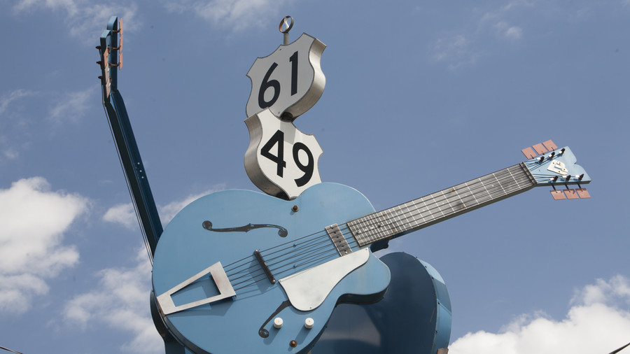 The Crossroads Guitar Sculpture at Highway 61 and Highway 49