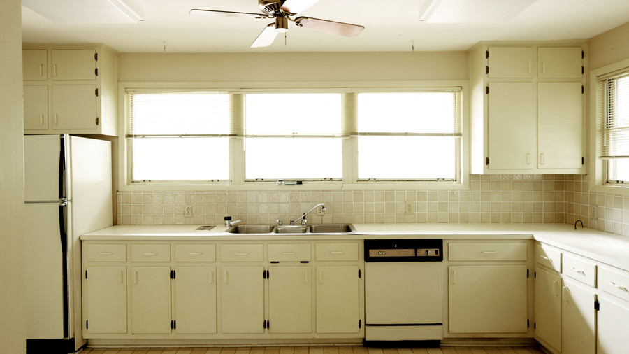 Classic Kid-Friendly Kitchen: Before