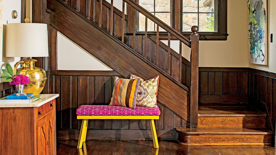 The Front Hall: Make an Easy Update
