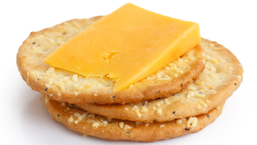 Whole Grain Crackers with Cheese