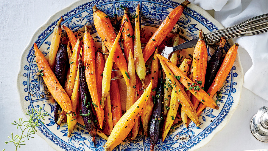 Thanksgiving Side Dish: Honey-Glazed Spiced Carrots