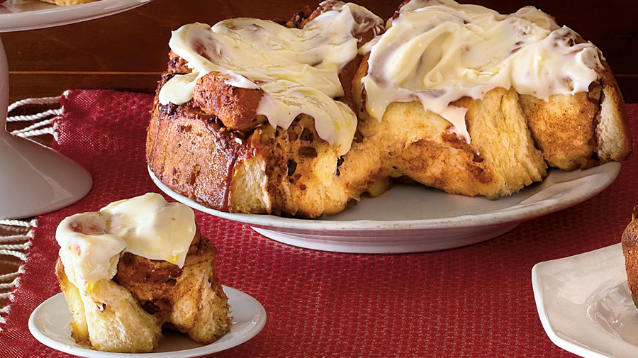 Brunch for a Crowd Cinnamon Rolls with Cream Cheese Icing