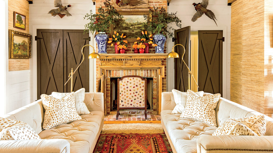 This Cottage is 2000 Square Feet of Holiday Cheer ...
