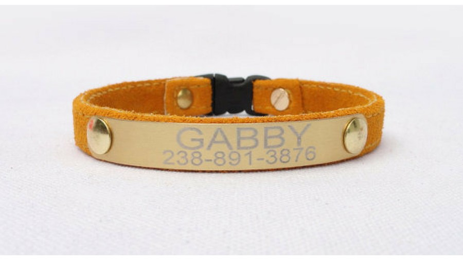 Gift Guide Pets Personalized Cat Collar