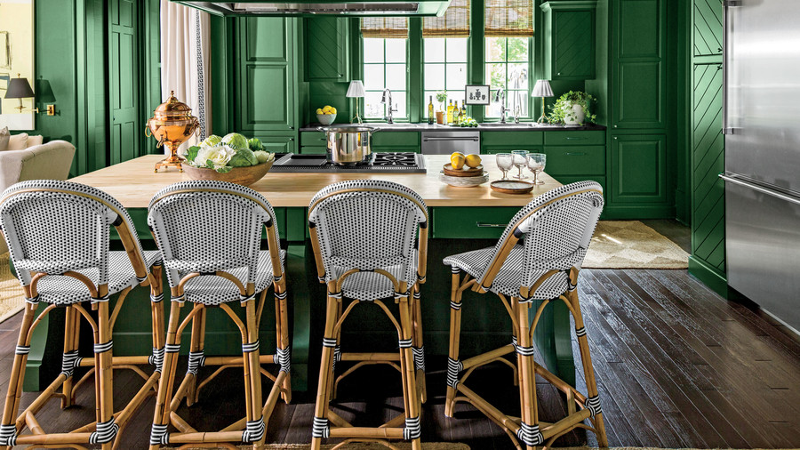 Dramatic Dark Green Kitchen