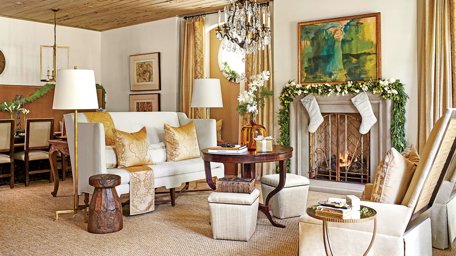 RX_1612_Christmas Living Room_Gold Neutrals
