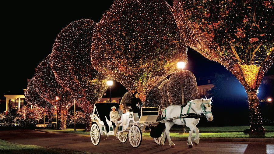 Southern Christmas Happenings Country Music Merriment