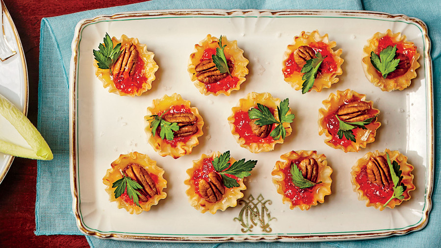 New years eve appetizers southern living baked brie bites forumfinder Images