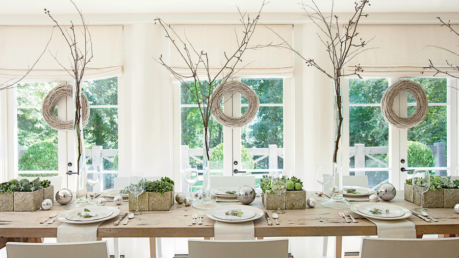 Browns Holiday Dining Room And Tablescape Decorations