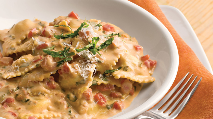 Tuscan Pasta with Tomato-Basil Cream