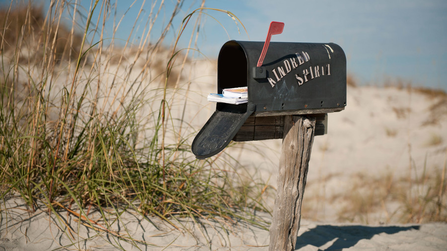 Mystery Beach Mailbox: Kindred Spirit