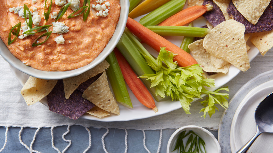 RX_1701_Make-Ahead Super Bowl_Slow-Cooker Buffalo Chicken Dip