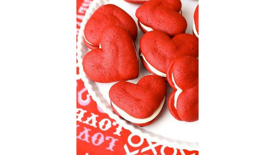 Red Velvet Heart Whoopie Pies