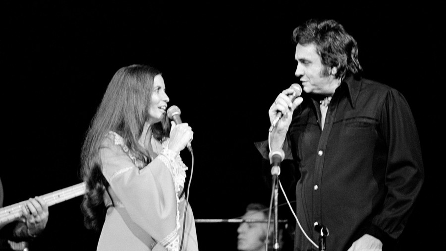 Johnny Cash's on-stage proposal to June Carter