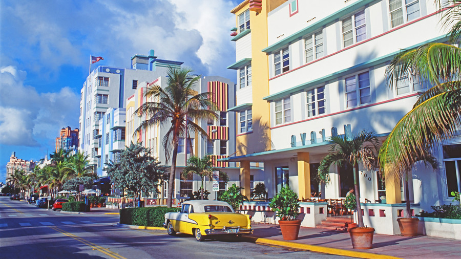 South's Most Colorful Streets Ocean Drive, Miami (FL)