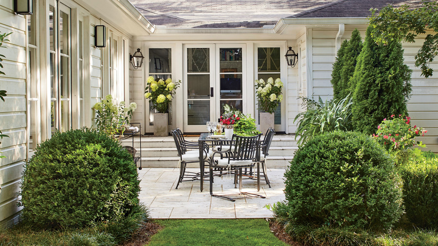 Patio Plans For Inspiration: Tiny Porches And Patios That Are Giving Us Major