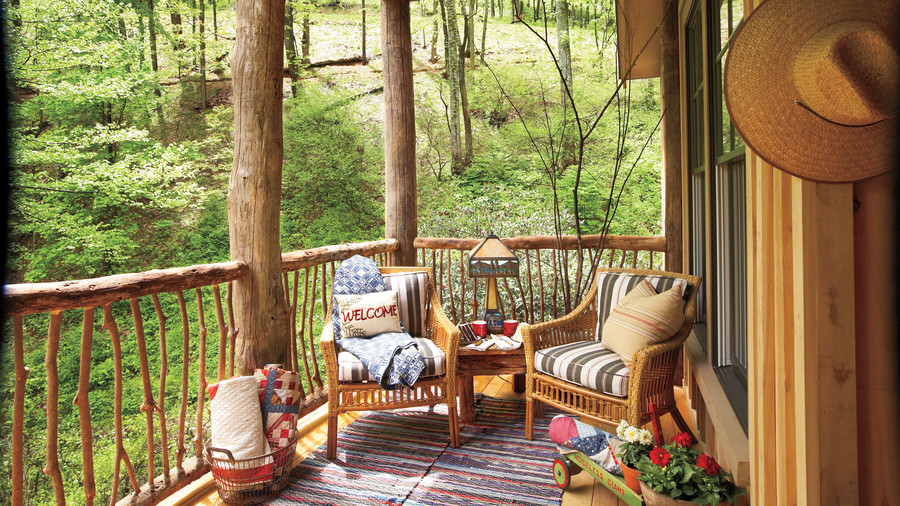 Woodsy Two-Chair Porch