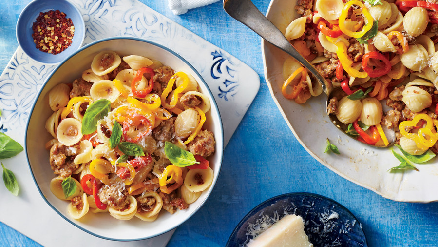 Sweet Pepper Pasta with Sausage