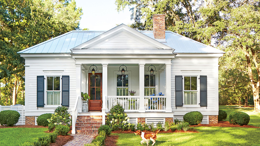 our new favorite 800 square foot cottage that you can have too rh southernliving com small cottage house plans one level small cottage house plans with porches
