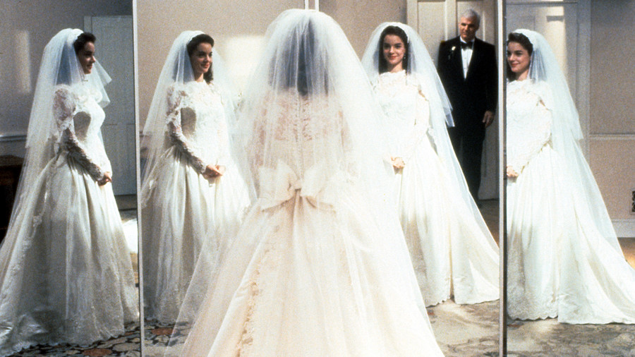 The most iconic wedding dresses of all time southern living annie banks junglespirit Choice Image