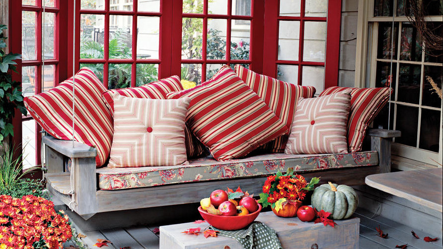 Colorful Outdoor Deck Decorating Ideas: 16 Ways To Spice Up Your Porch Décor For Fall