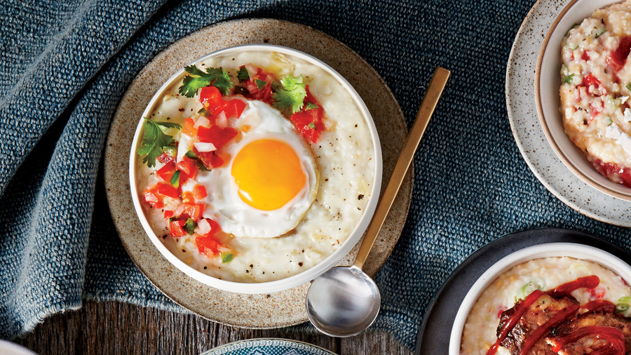 Hatch Chile Grits Breakfast Bowl