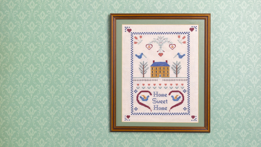 RX_1708_Cross-Stitched Designs _Grandma House